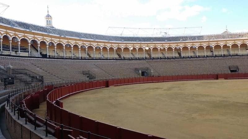 Arena de la plaza de toros de la Real Maestranza