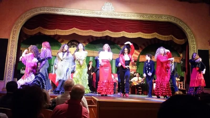 Escenario del espectaculo flamenco de Sevilla