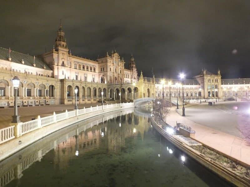 Plaza de España por la noche