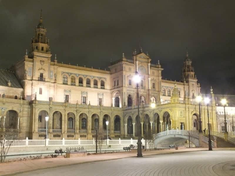 Visita nocturna a la Plaza de España