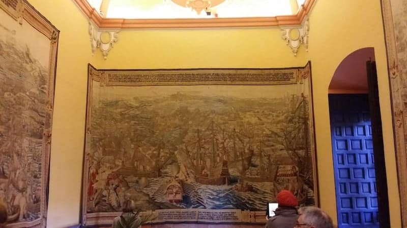Tapestries of the Palace of Carlos V