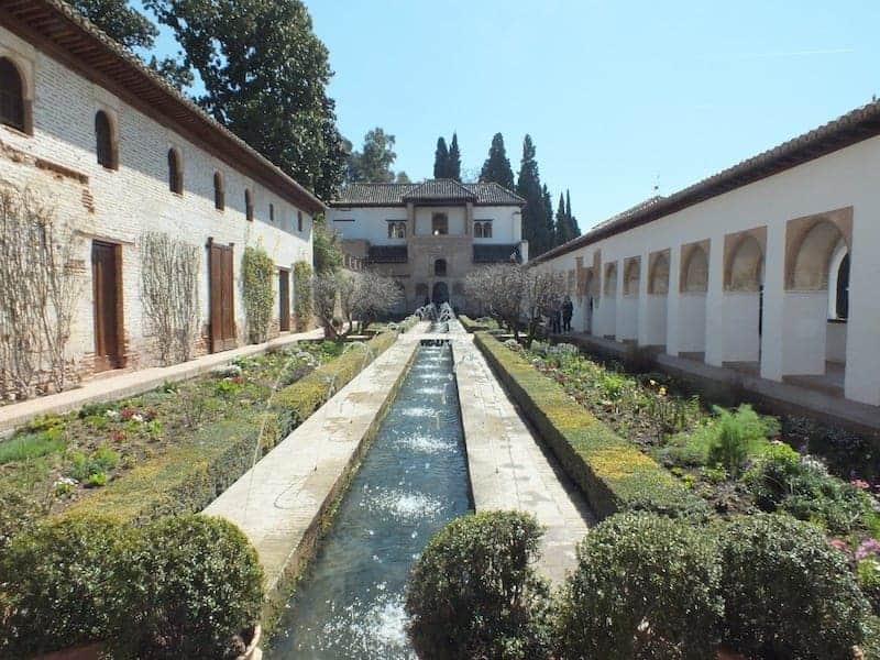 visitar los Jardines del Generalife